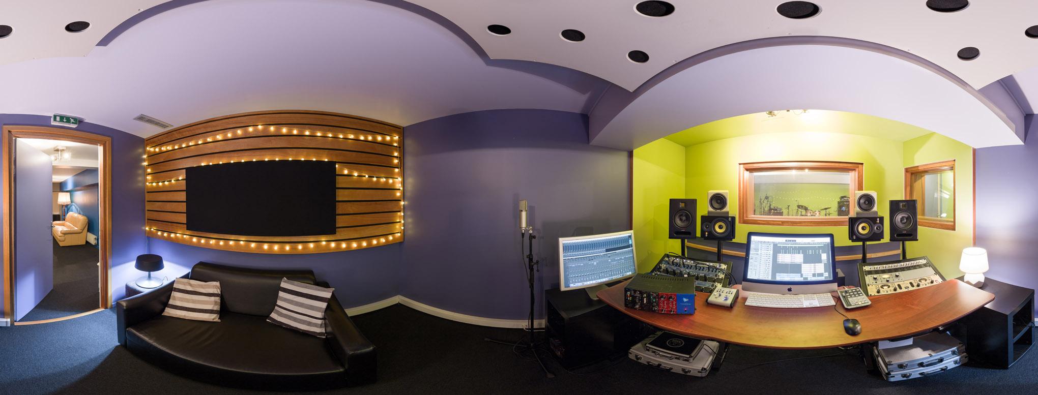 Visitez le studio Equinoxe